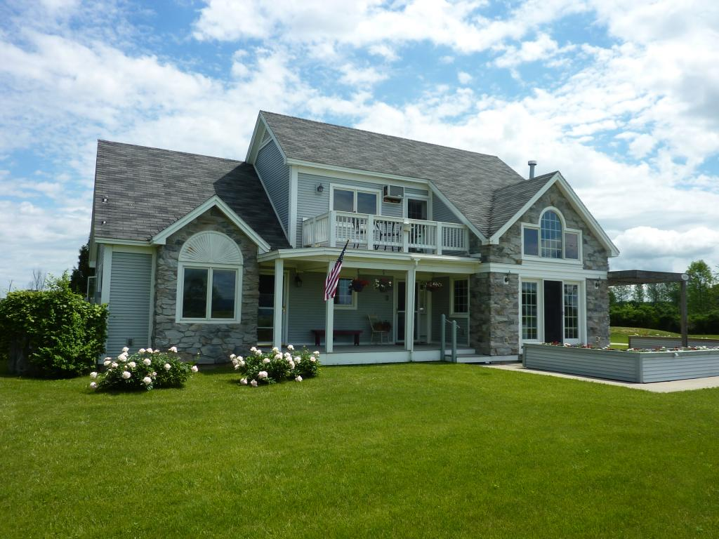 ADDISON VT Lake House for sale $$419,000 | $194 per sq.ft.