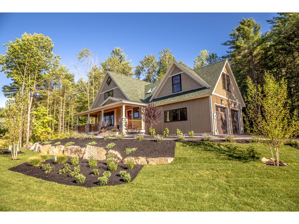 Lake winnipesaukee nh waterfront homes for sale lake for Home builders in nh