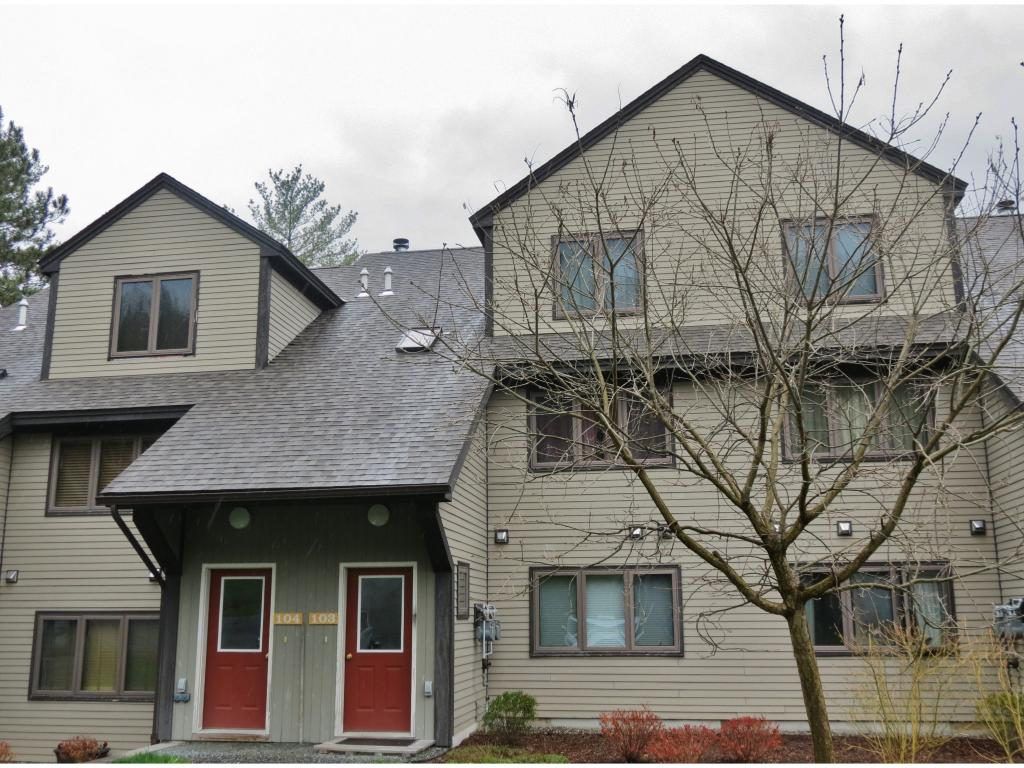 VILLAGE OF ASCUTNEY VT IN TOWN OF WEST WINDSOR VTCondo for sale $$125,000 | $77 per sq.ft.