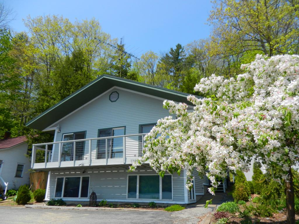 THETFORD VT Home for sale $$255,000 | $154 per sq.ft.