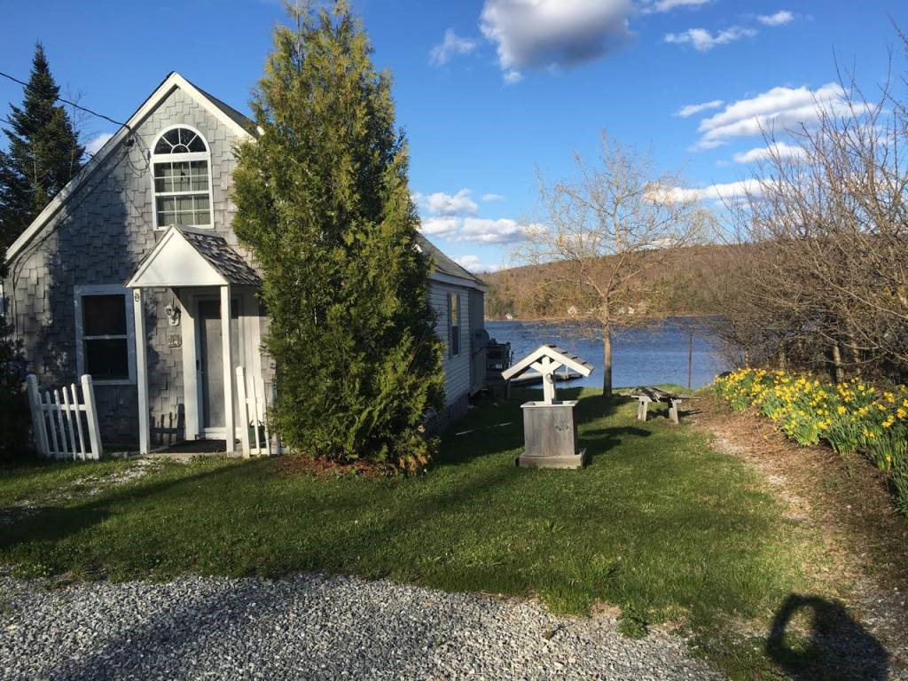 WOODFORD VT Lake House for sale $$145,000 | $201 per sq.ft.