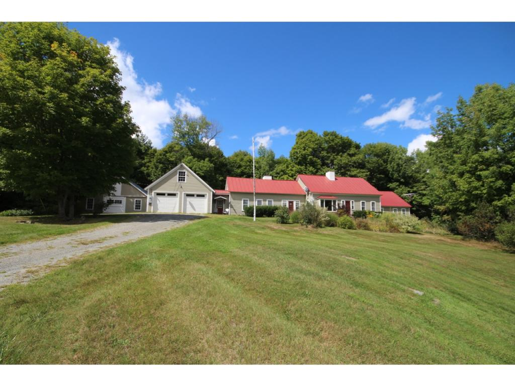 Reading VT Home or Farm Acres: 227.54     Beds: 6