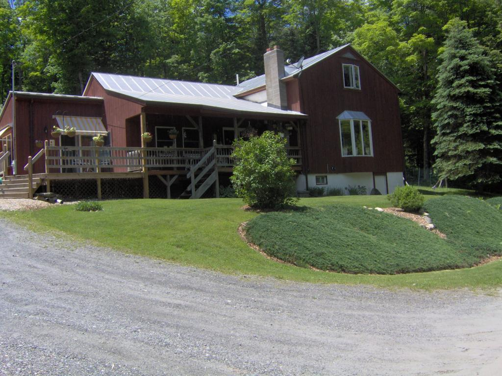 CHELSEA VT Home for sale $$210,000 | $115 per sq.ft.