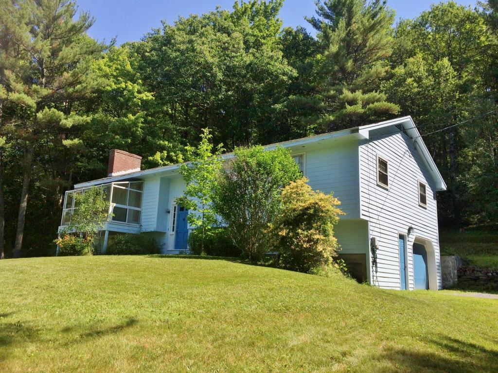Claremont Nh 03743 Home For Sale List Price Is 152 900