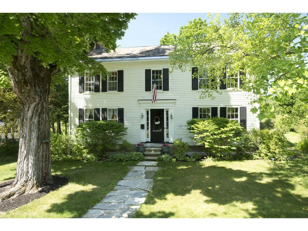 VILLAGE OF OLD BENNINGTON IN TOWN OF BENNINGTON VT Home for sale $$549,900 | $177 per sq.ft.