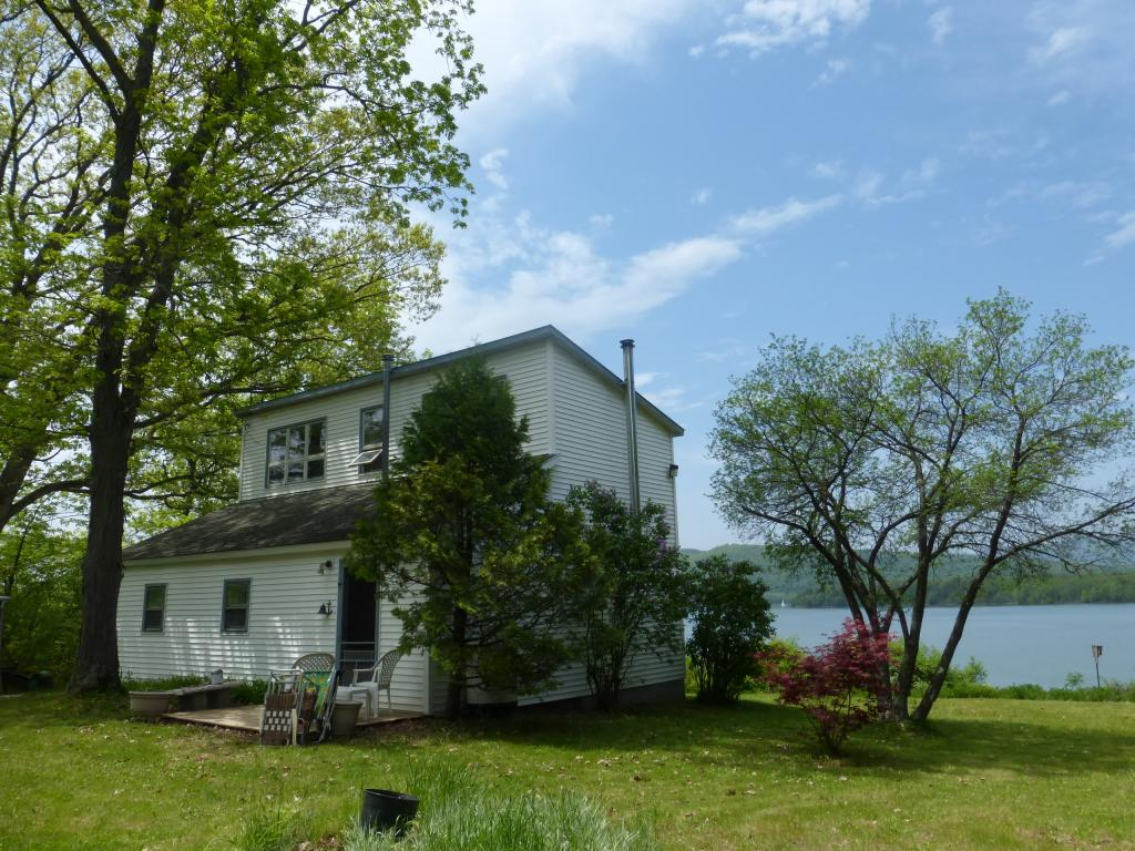ORWELL VT Lake House for sale $$219,900 | $170 per sq.ft.