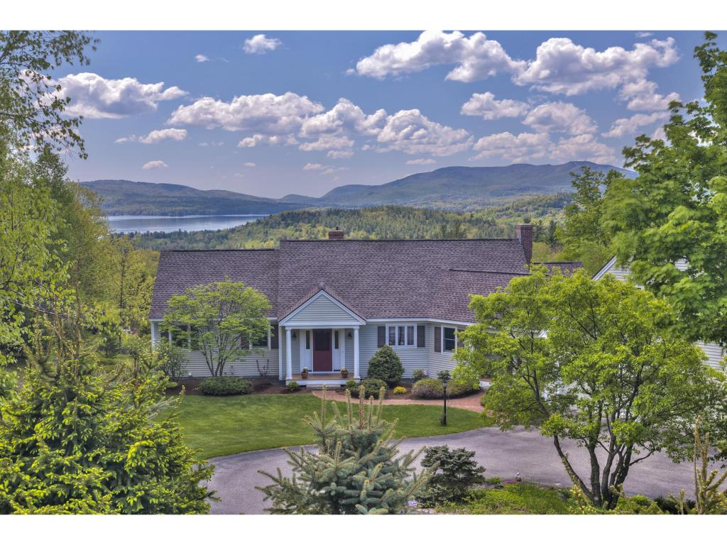 SUNAPEE NH Home for sale $$975,000 | $437 per sq.ft.