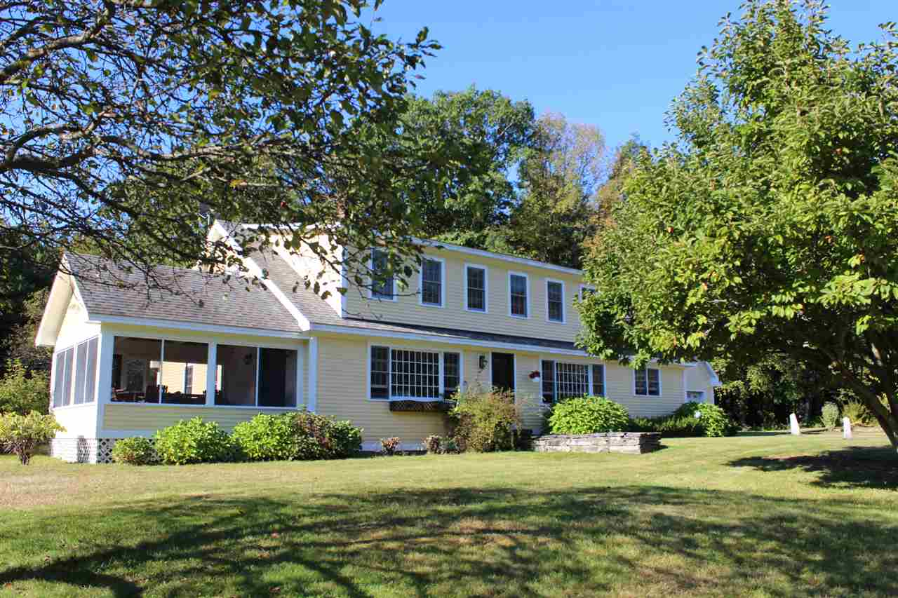 HINSDALE NH Home for sale $$385,000 | $91 per sq.ft.