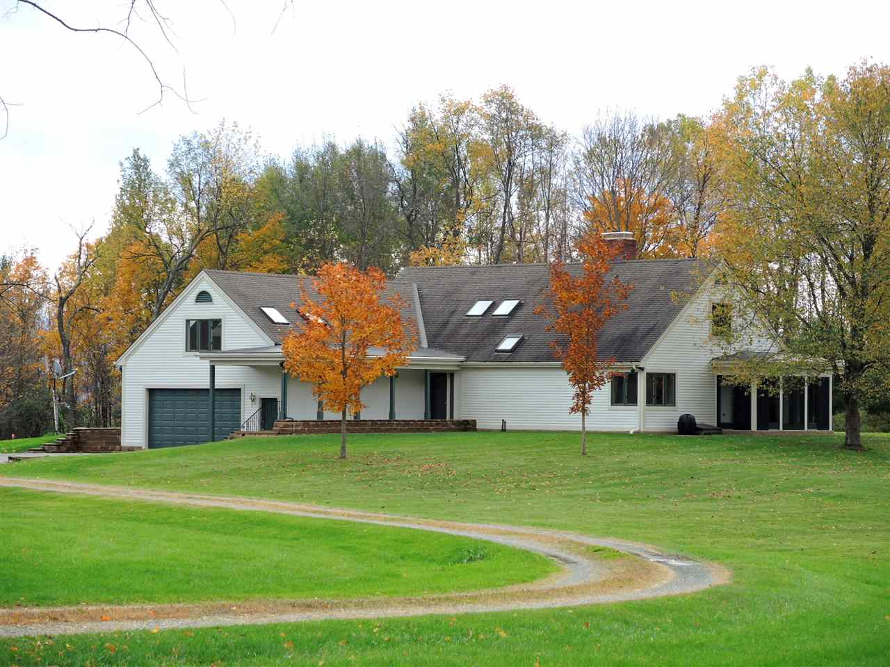 SHAFTSBURY VT Home for sale $$435,000 | $233 per sq.ft.