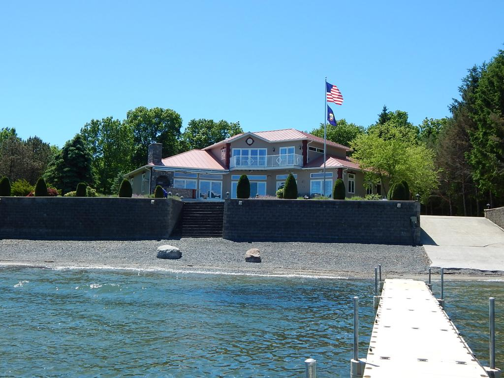 ADDISON VT Lake House for sale $$1,695,000 | $470 per sq.ft.