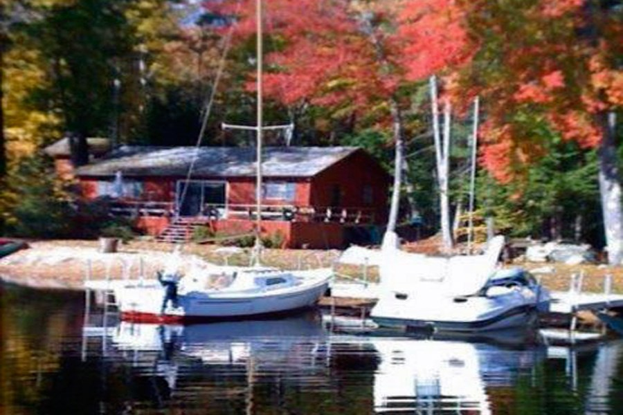 MOULTONBOROUGH NH  Home for sale $585,000