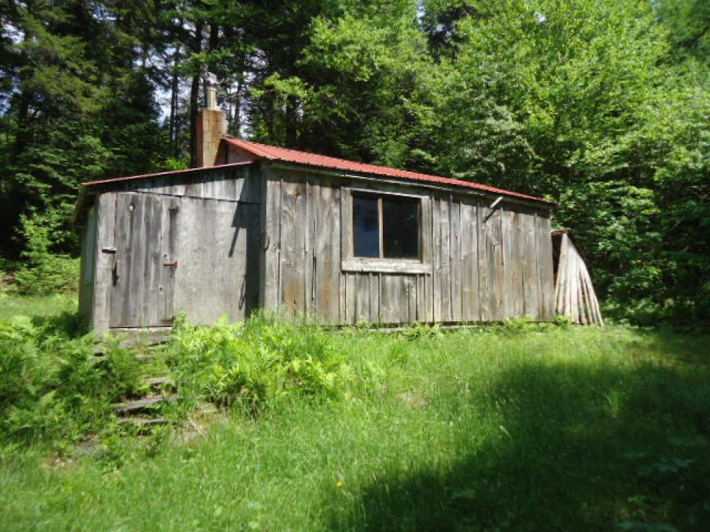 228 Perry Stream Rd, Pittsburg, NH 03592