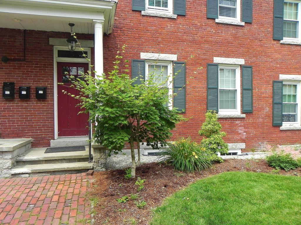 Manchester NH Condo for sale $List Price is $197,900