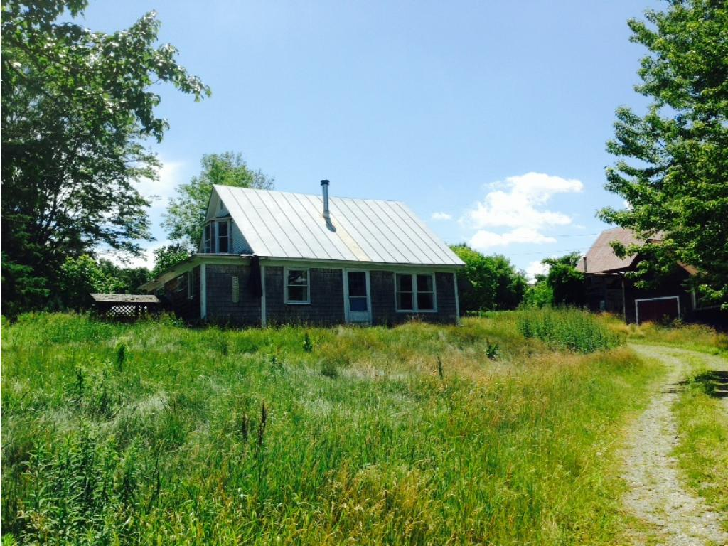 THETFORD VT Home for sale $$169,900 | $118 per sq.ft.