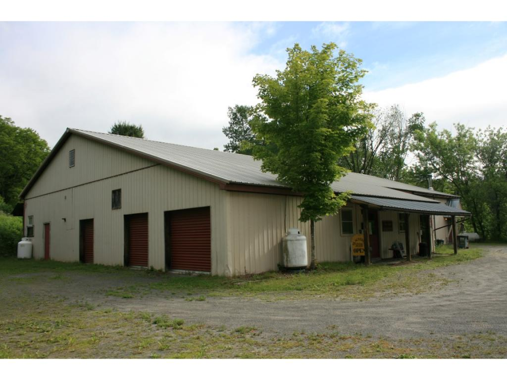 14 Pleasant Valley Road, Rockingham, VT 05154