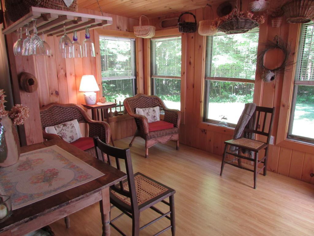 ENFIELD NH Home for sale $$105,000 | $143 per sq.ft.