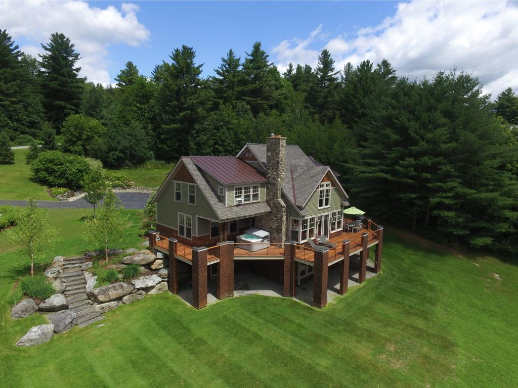 106 Country Club Loop, Stowe, VT 05672