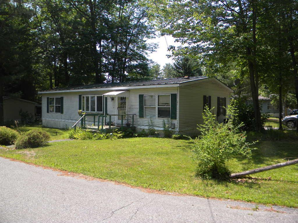 CLAREMONT NH Mobile-Manufacured Home for sale $$28,000 | $22 per sq.ft.