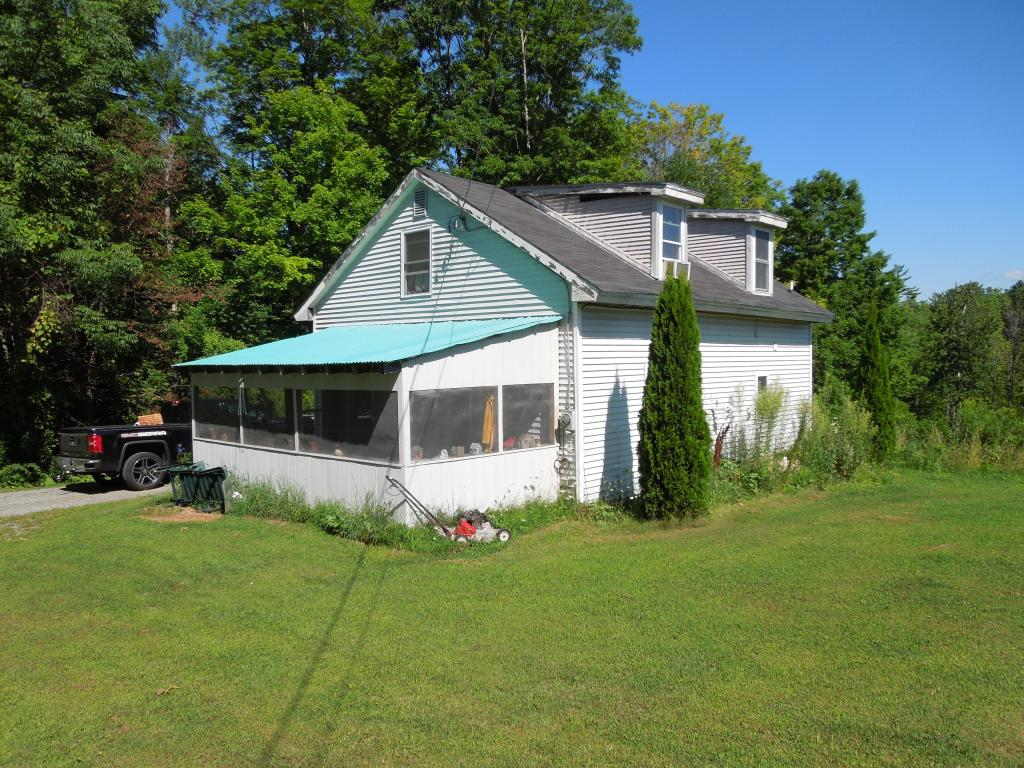 LEBANON NH Home for sale $$149,900 | $112 per sq.ft.