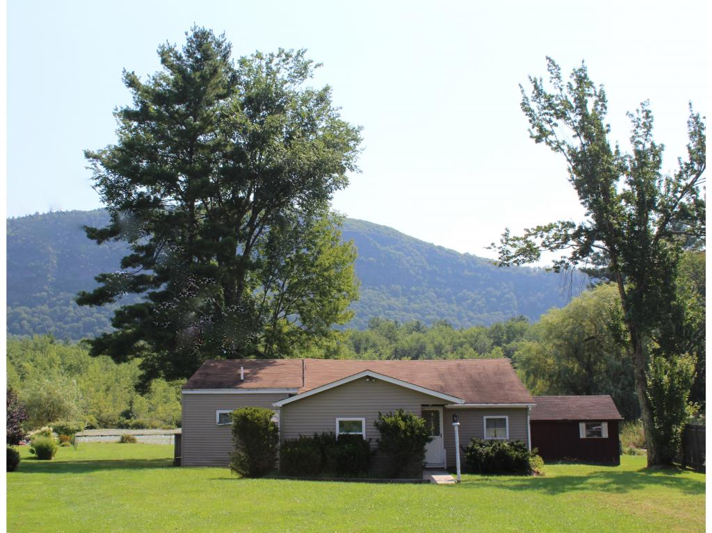 WELLS VT Lake House for sale $$160,000 | $111 per sq.ft.