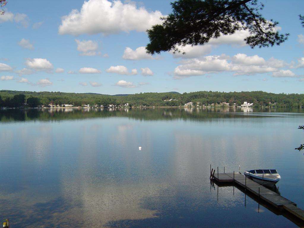 BELMONT NH Home for sale $425,000