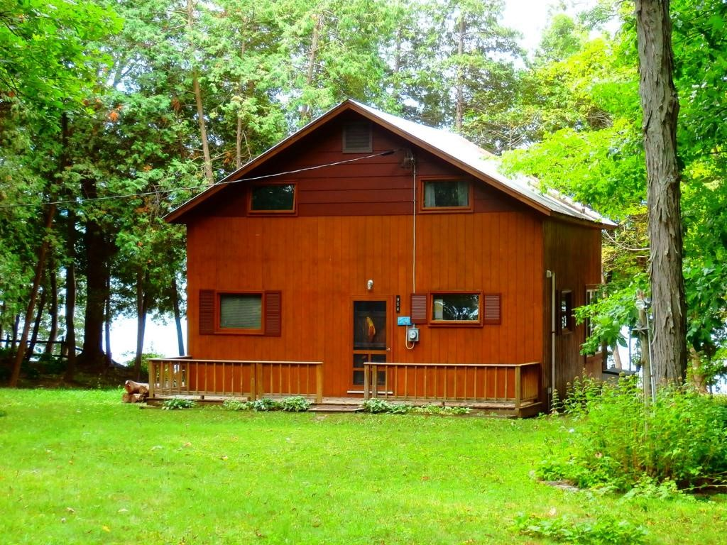 956 hickory lane addison vt 05491 in county mls 4511423 for Hickory lane