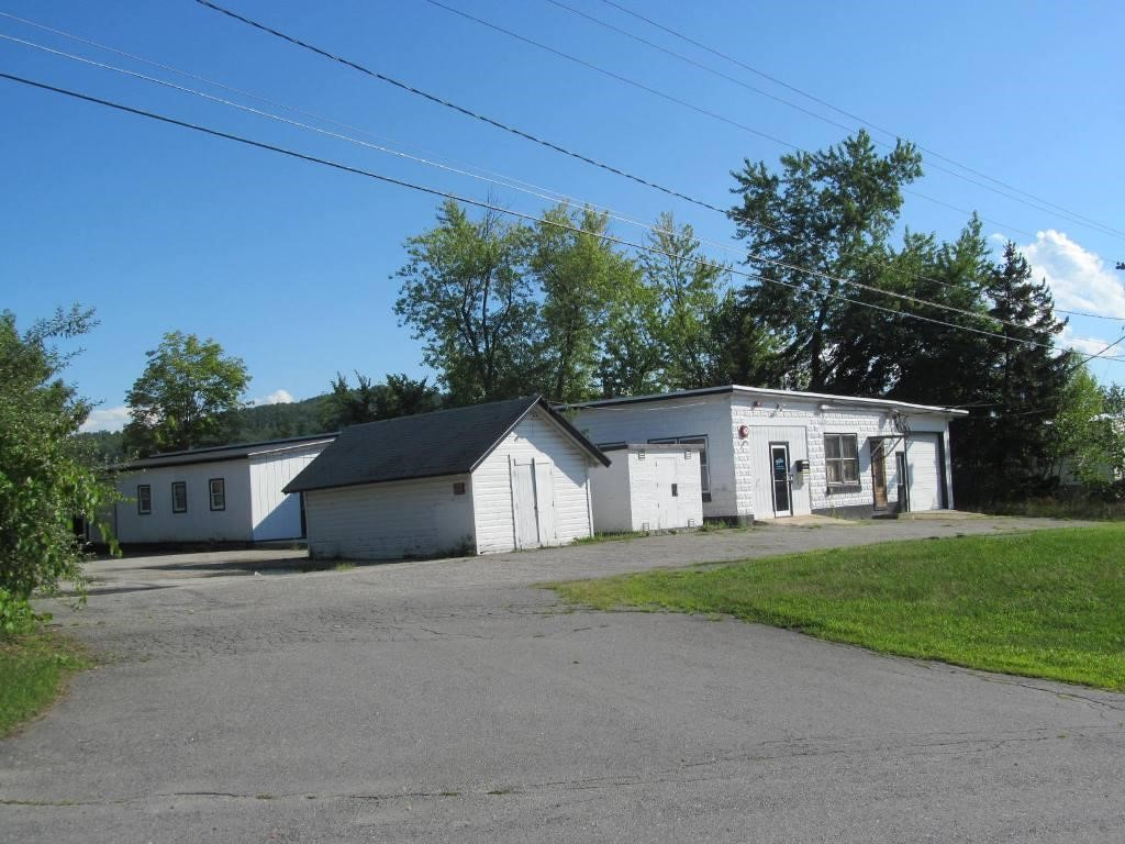 CLAREMONT NHCommercial Lease for rent $Commercial Lease For Lease: $1,400 with Lease Term