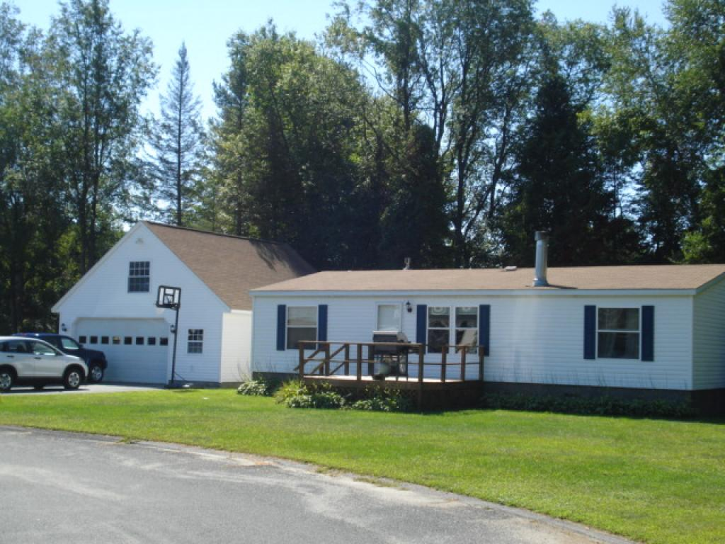 CHARLESTOWN NHMobile-Manufacured Home for sale $$129,900 | $105 per sq.ft.