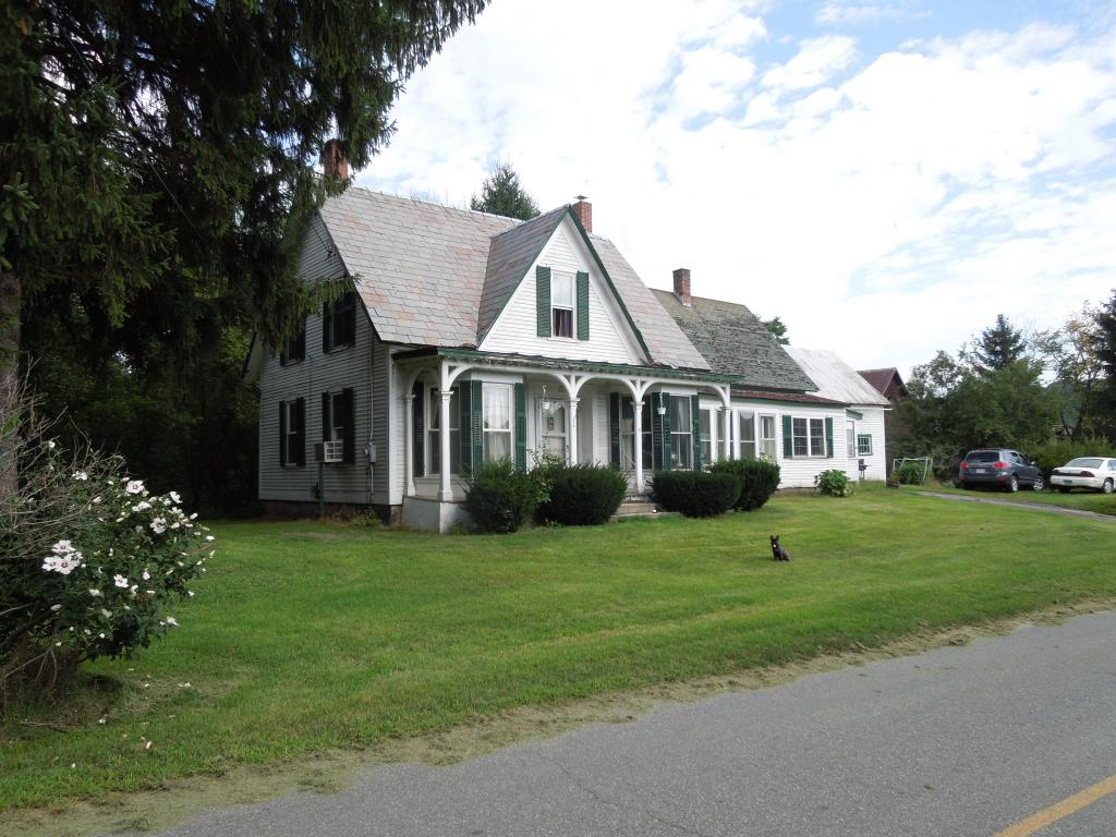 HARTLAND VT Lake House for sale $$149,900 | $67 per sq.ft.