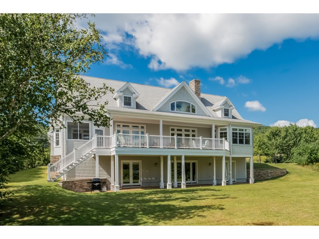 CENTER HARBOR NH Home for sale $1,799,000
