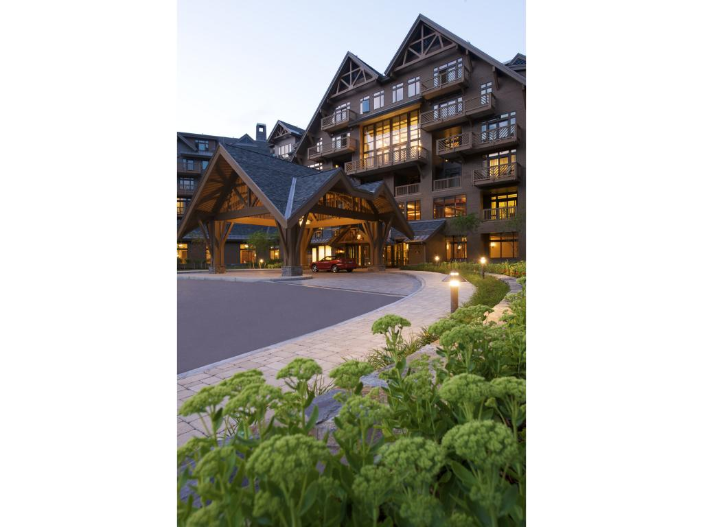 7412 Mountain Road 391, Stowe, VT 05672