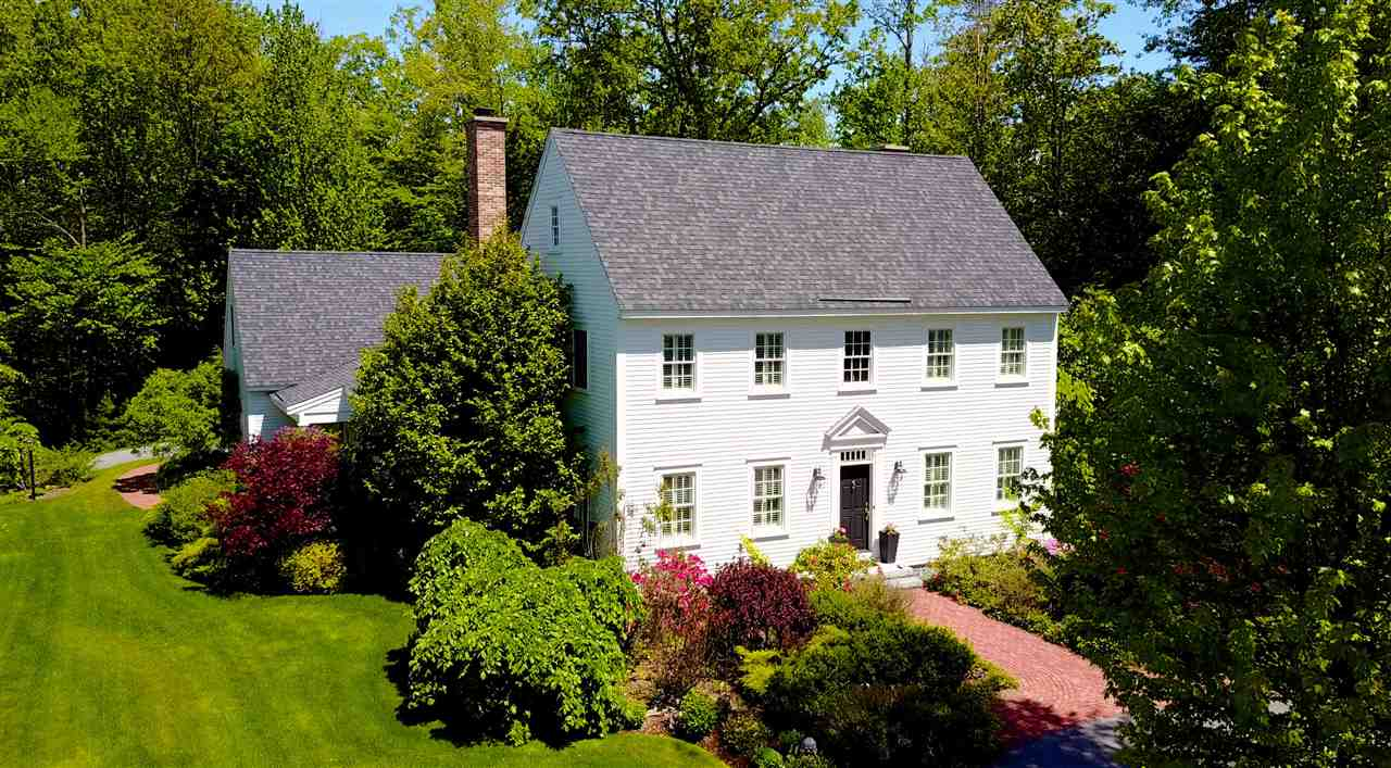 NEW LONDON NH Home for sale $$895,000 | $230 per sq.ft.