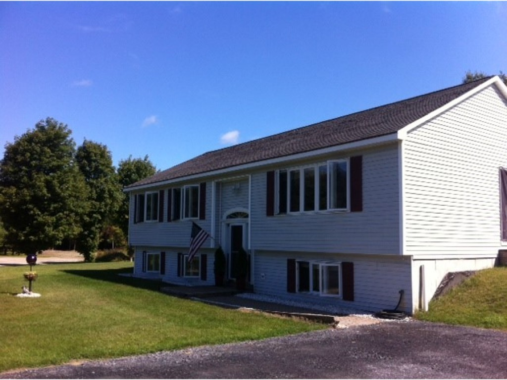 East montpelier homes for sale vt for Home builders in vermont