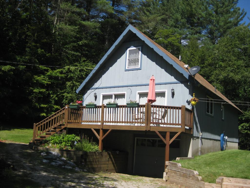 STAMFORD VT Home for sale $$175,000 | $108 per sq.ft.