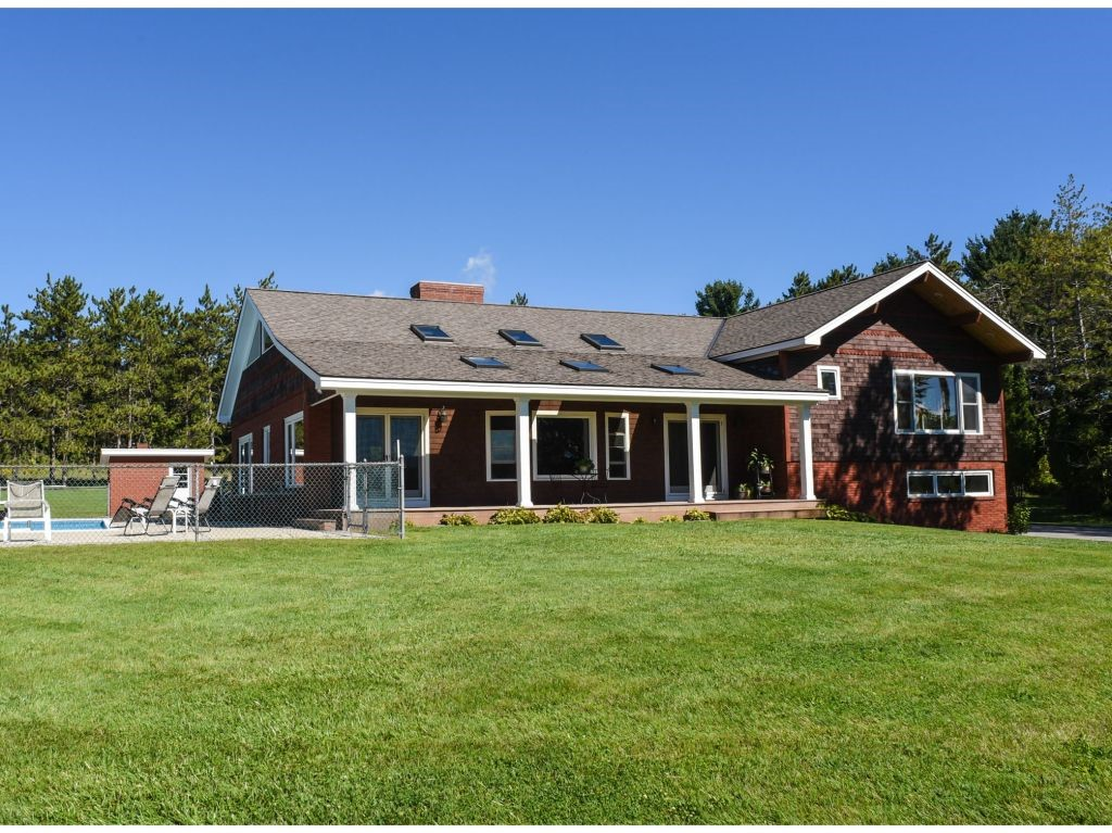 SHAFTSBURY VT Home for sale $$569,000 | $195 per sq.ft.