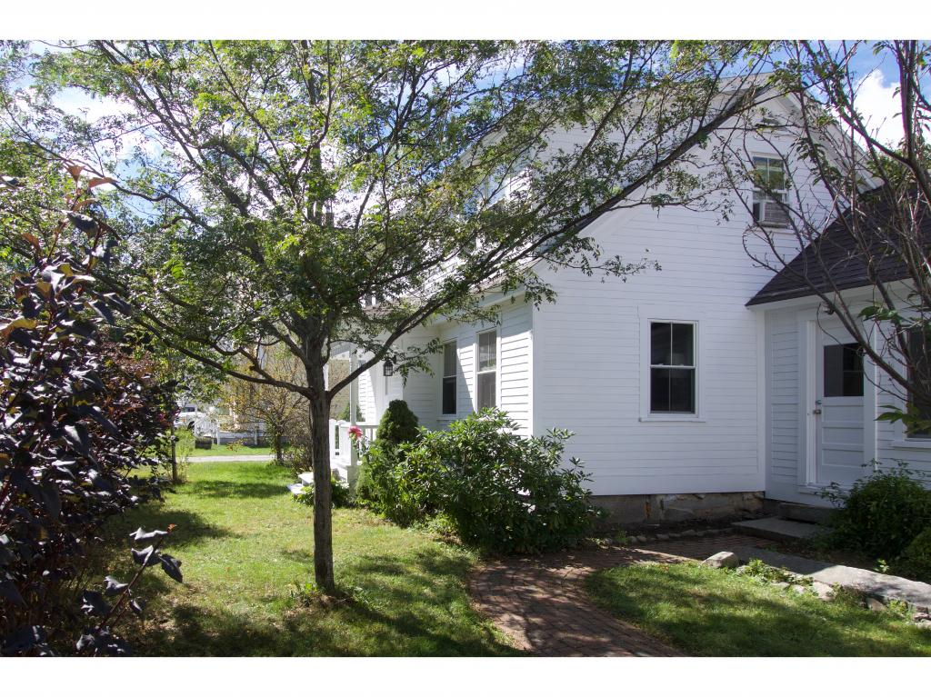 SUNAPEE NHLake House for sale $$210,000   $127 per sq.ft.