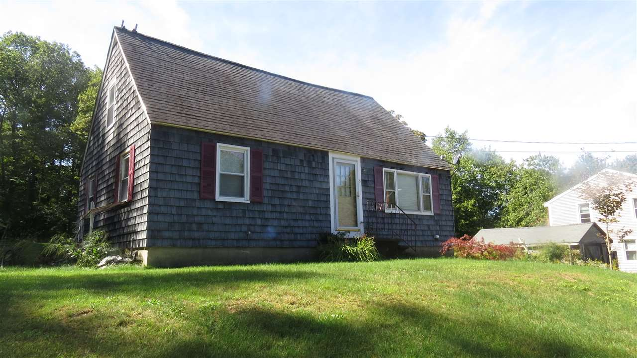 Plaistow NH Home for sale $List Price is $264,900