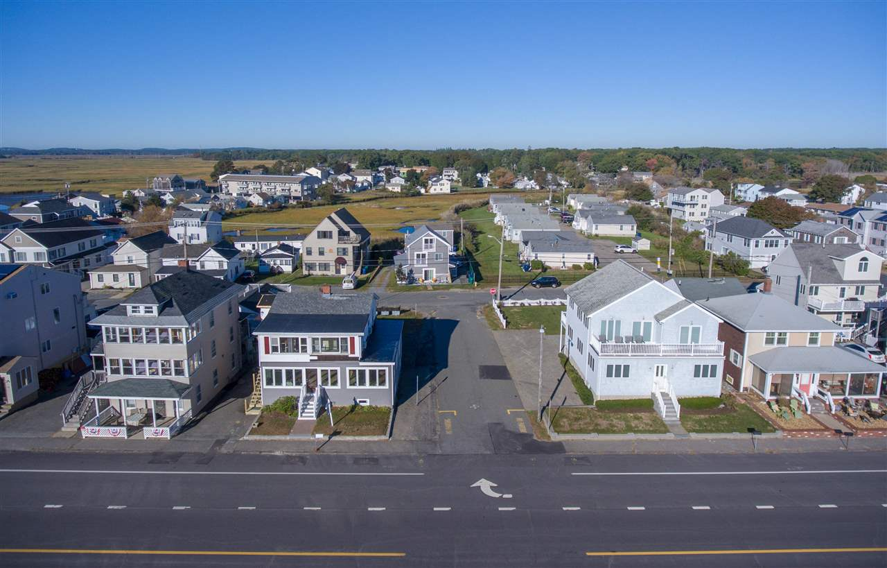 HAMPTON NH Home for sale $$799,000 | $461 per sq.ft.