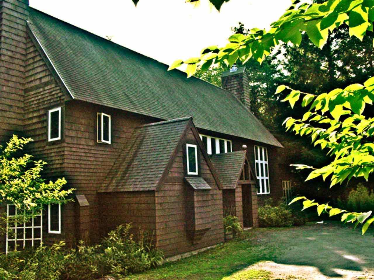 2749 Windham Hill Road, Jamaica, VT 05343
