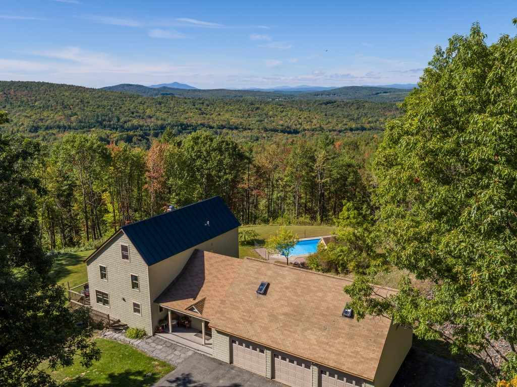 LEBANON NH Home for sale $$749,000 | $241 per sq.ft.