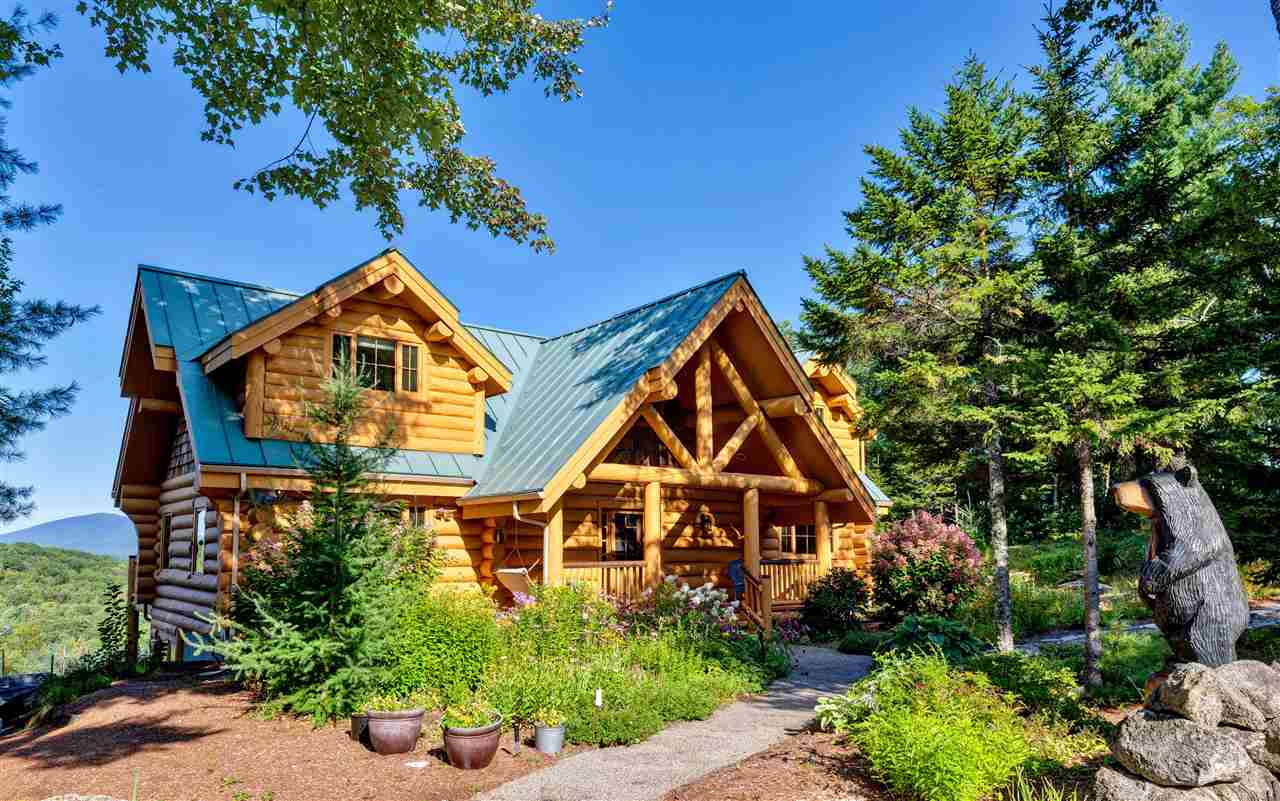 NEWBURY NH Home for sale $$890,000 | $385 per sq.ft.