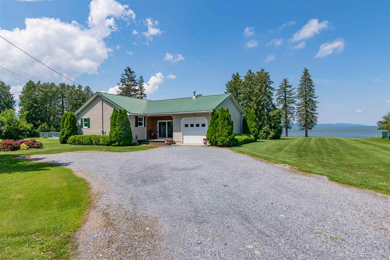 ADDISON VT Lake House for sale $$925,000 | $751 per sq.ft.