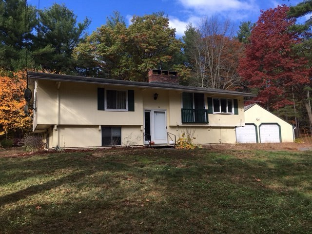 Plaistow NH Home for sale $List Price is $239,900