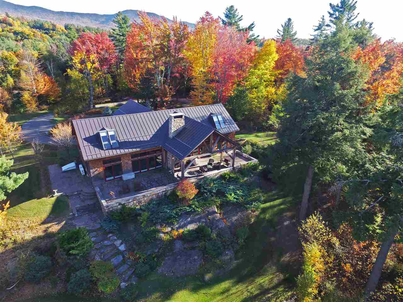 231 Touchstone Drive, Stowe, VT 05672
