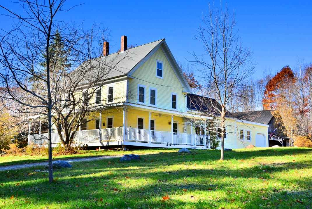 VILLAGE OF CENTER SANDWICH IN TOWN OF SANDWICH NH  Home for sale $379,500
