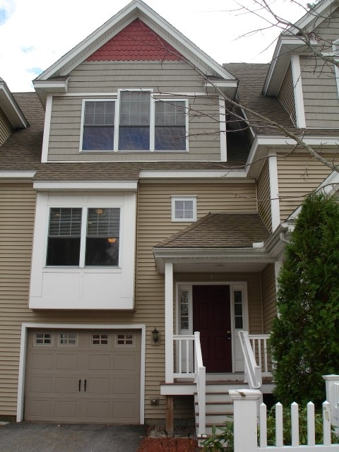 Manchester NHCondo for sale $List Price is $229,000