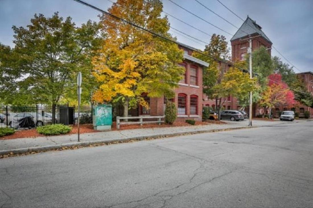 Manchester NH Condo for sale $List Price is $81,900