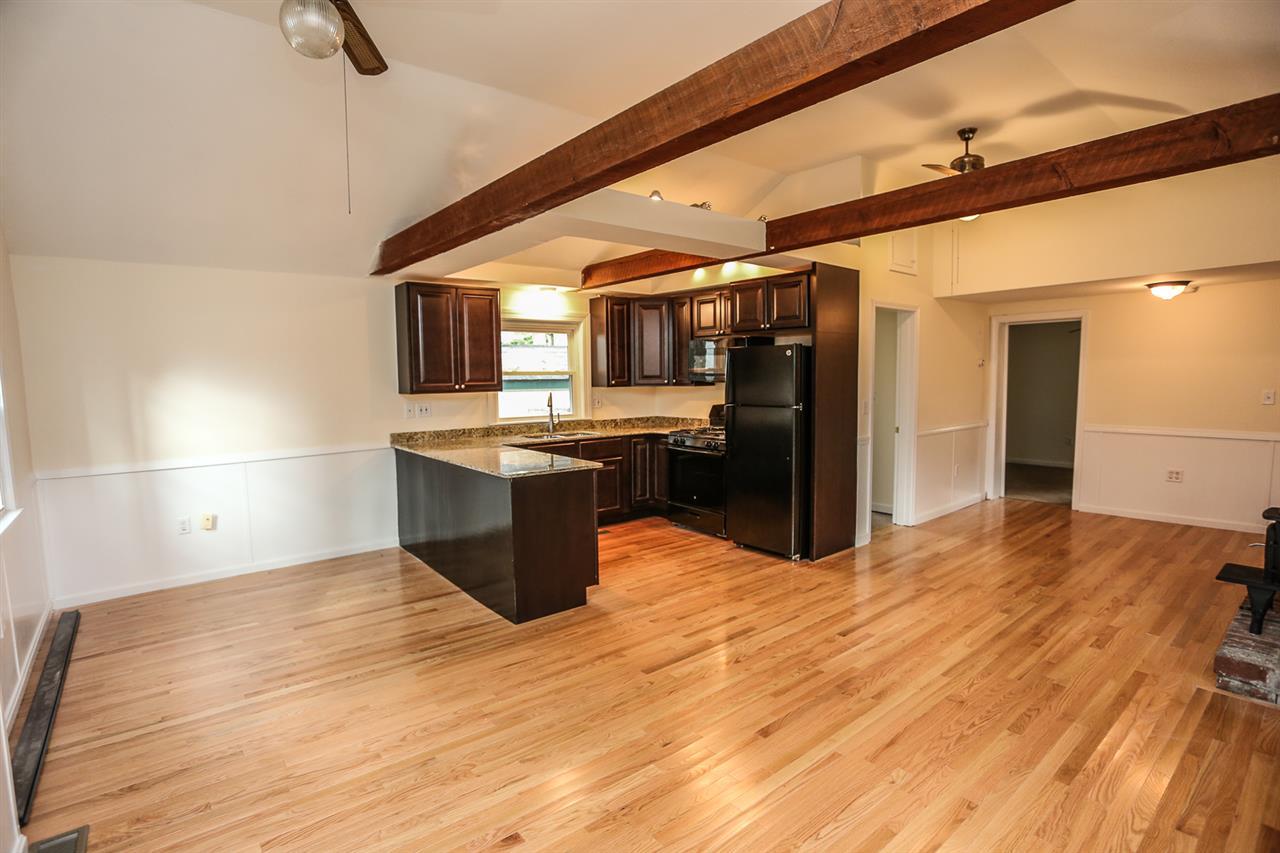 DEERFIELD NHHome for sale $$159,900 | $141 per sq.ft.