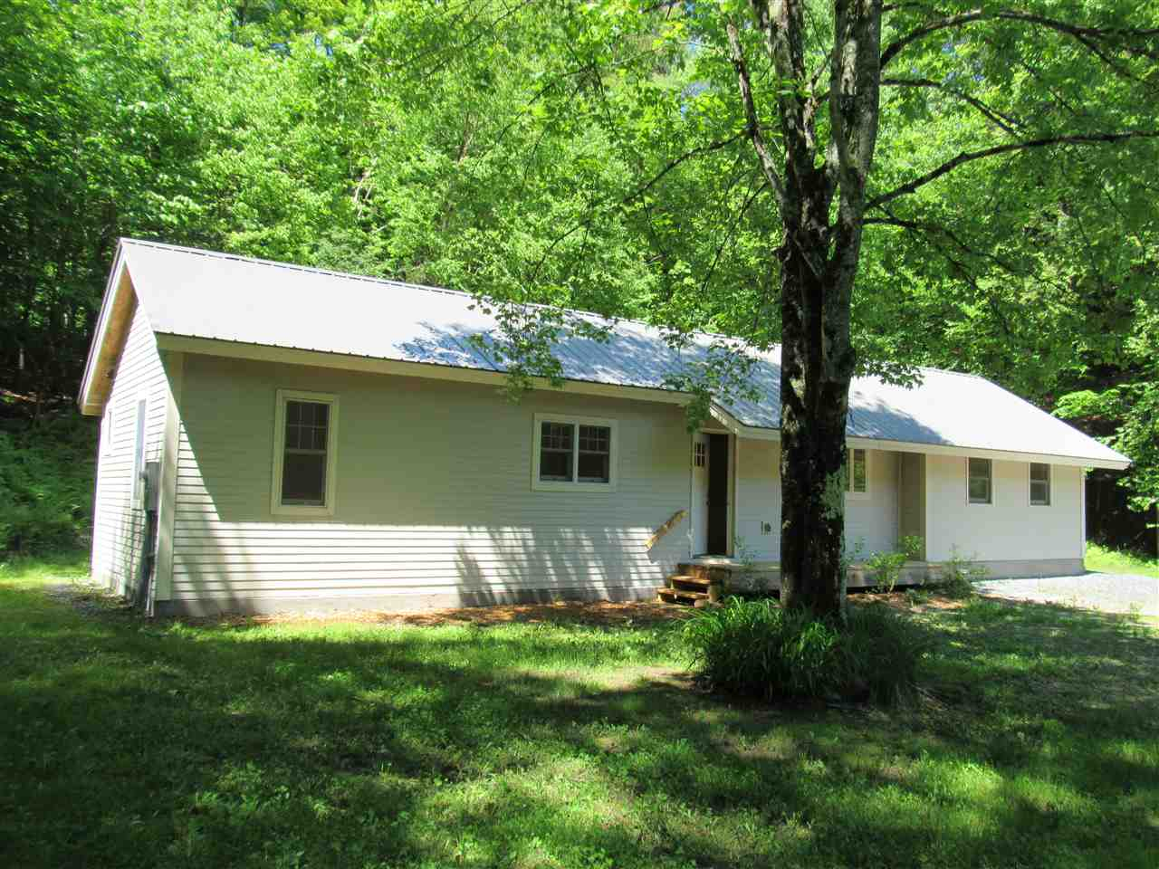 WOODSTOCK VT Home for sale $$219,000 | $219 per sq.ft.