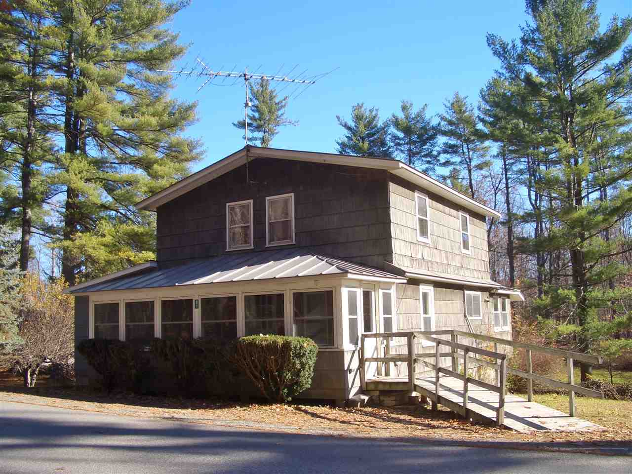 HUBBARDTON VT Lake House for sale $$219,000 | $127 per sq.ft.